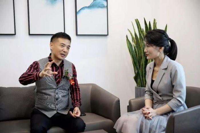 董事长宋春红先生接受采访