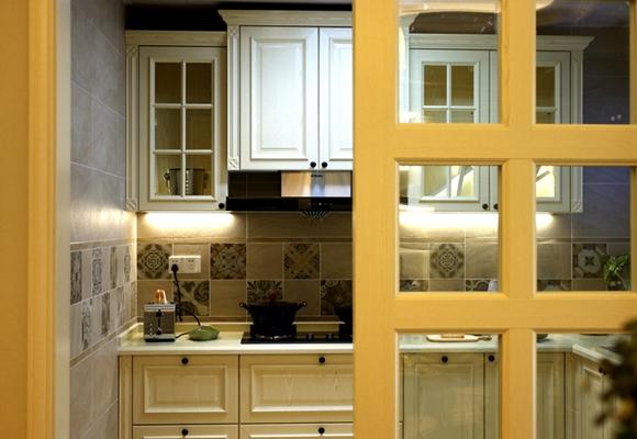 <span style='color: #ff0000'>厨房装修</span>注意哪些细节?这些人性化设计不容忽视