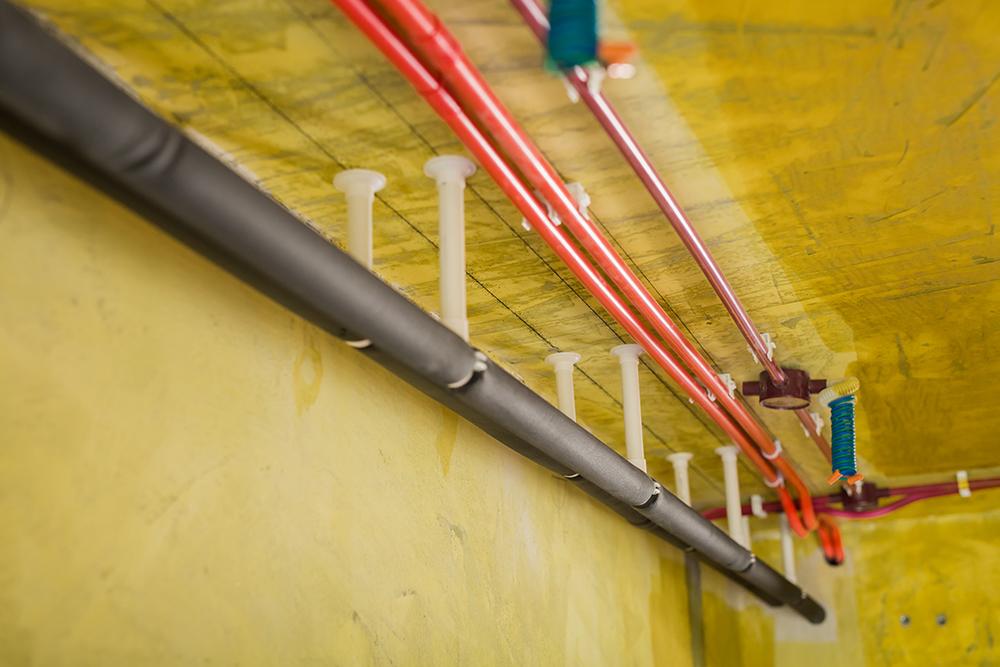 <span style='color: #ff0000'>新房装修</span>主体拆改和水电改造如何施工?有哪些注意事项?