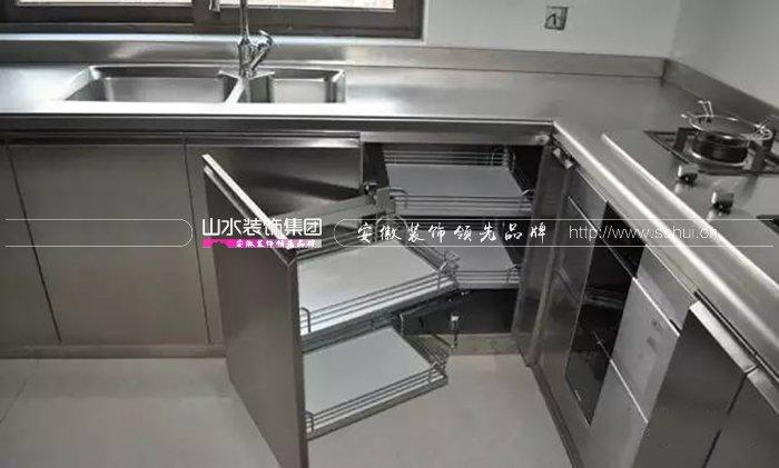 厨房操作台什么材料更耐用好看