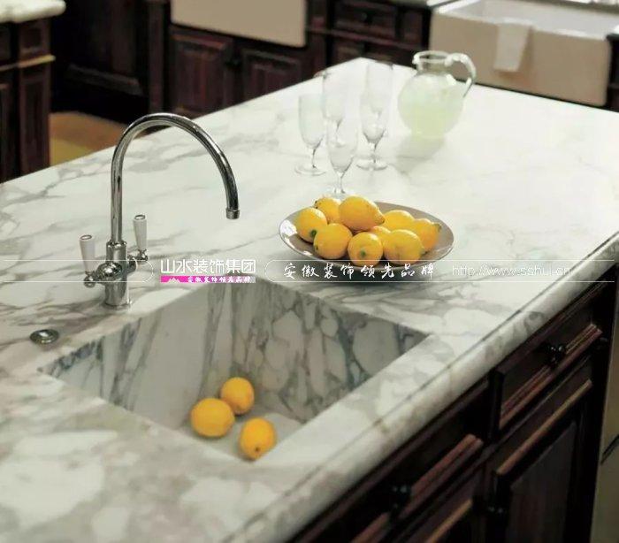 厨房台面用石英石好吗