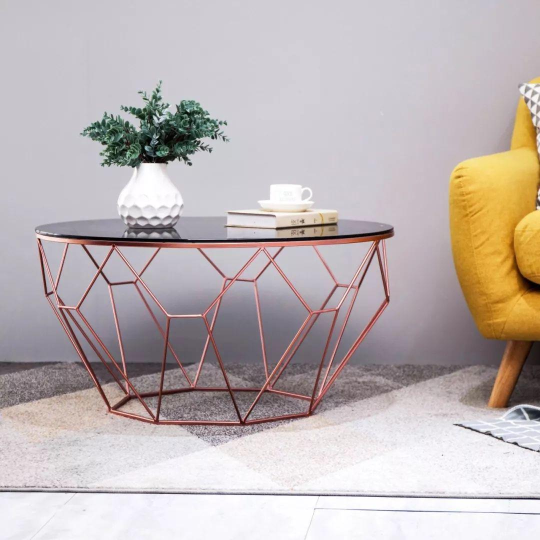 茶几选这种,<span style='color: #ff0000'>客厅</span>提高不止一个档次